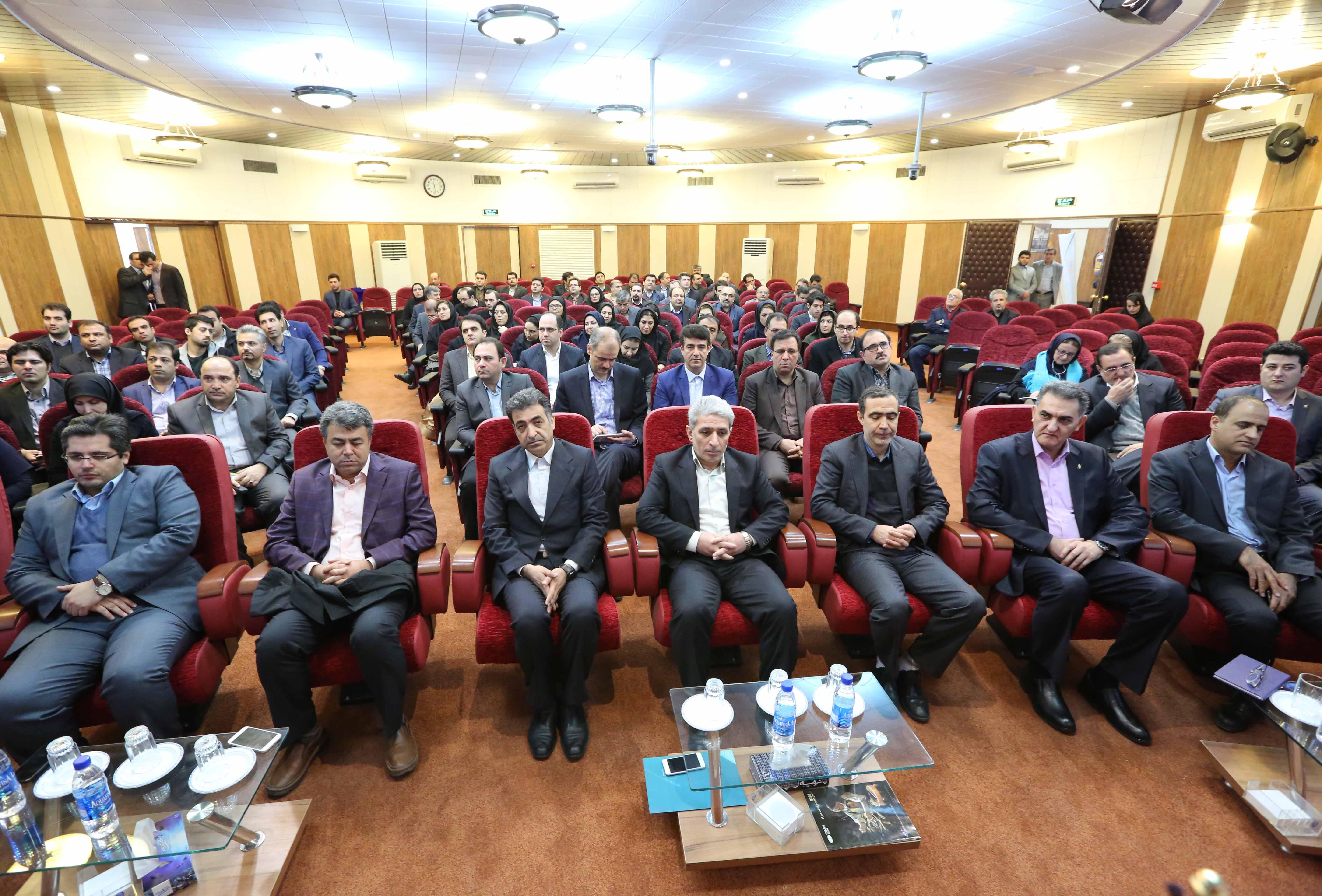 مراسم رسمی تودیع ومعارفه مدیران عامل شرکت داده ورزی سداد با حضور مدیرعامل بانک ملی ایران برگزارشد.